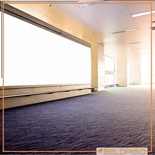 Carpete em placas para escritório