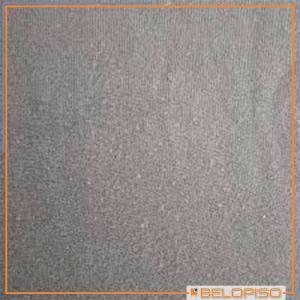 Carpete em placas para piso elevado